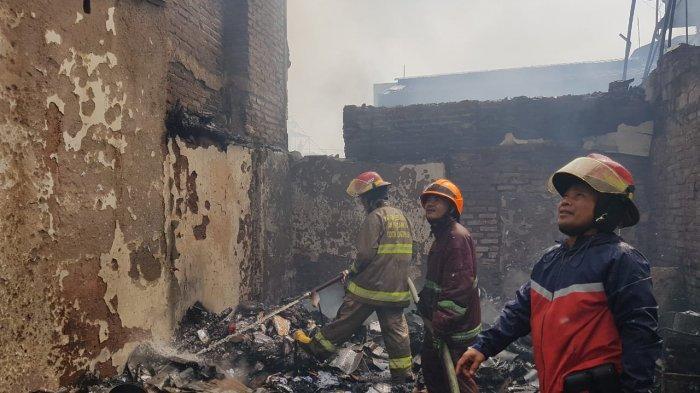 Astana Anyar Kebakaran, Saksi Dengar 10 Kali Ledakan