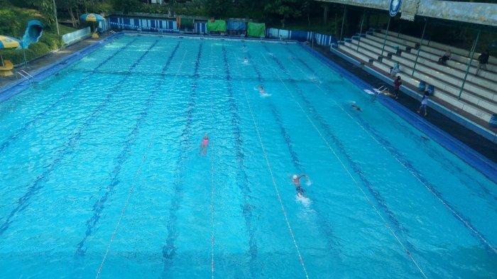 Amankah berenang dikolam renang?