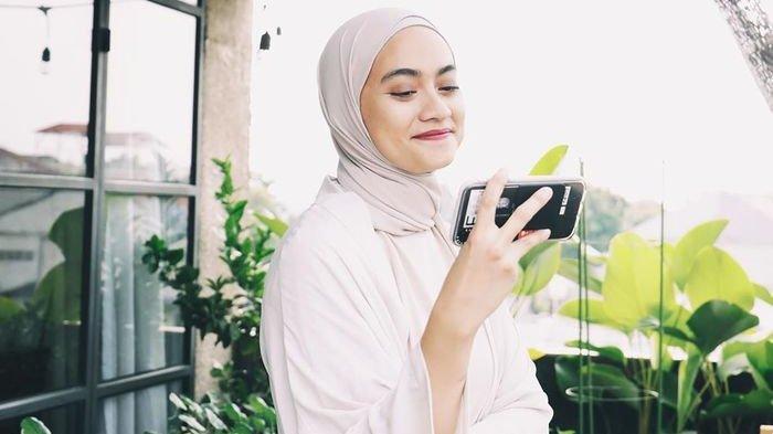 Keren, Begini Padu Padan Modest Wear Ala Ayudia Bing Slamet