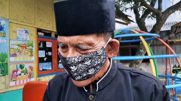 Bah Udju, Pegiat Literasi yang Rutin Bersepeda Keliling Kampung Dapat Bantuan dari Disdik Purwakarta
