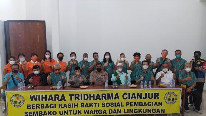 Wihara Tridharma Cianjur Berbagi Kasih Bagikan 1.000 Sembako untuk Warga dan Lingkungan Sekitar