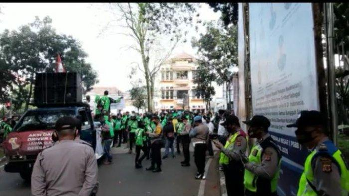 Ratusan Driver Ojol di Bandung Ancam Konvoi Keliling Kota 21 Juli, Jika PPKM Darurat Diperpanjang