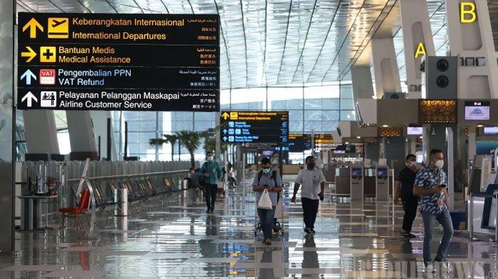 ILUSTRASI - Aktivitas penumpang saat berada di area Terminal 3 Bandara Soekarno-Hatta