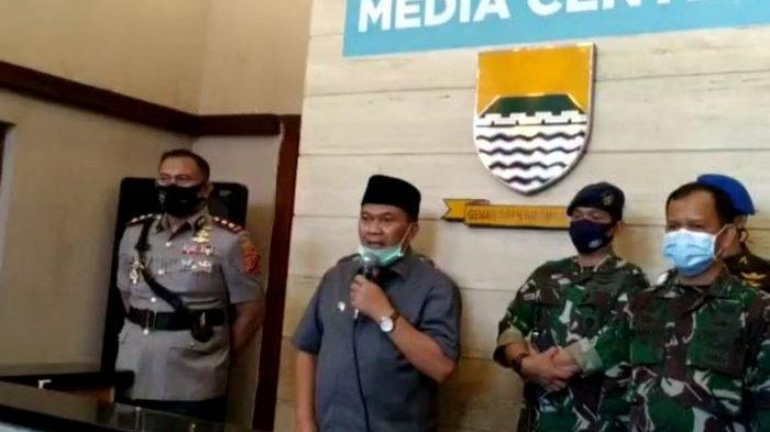 Psbb Kota Bandung Diperpanjang Polisi Bakal Lebih Ketat 14 Cek Poin Dijaga 24 Jam Mal Dipantau Tribun Jabar