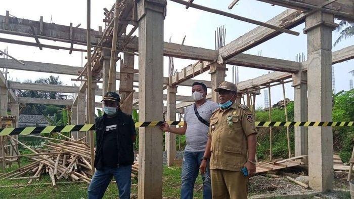 Dedi Mulyadi Dirikan Bangunan Liar di Sempadan Sungai Ciherang Purwakarta, Disegel Satpol PP