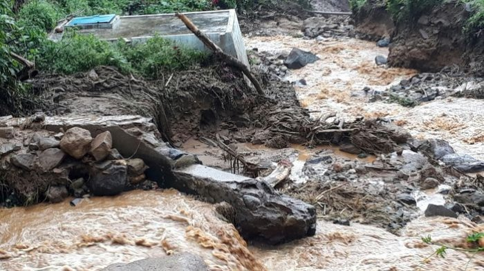 Banjir Hancurkan Bangunan Penangkap Air PDAM Cianjur, Kerugian Mencapai Rp 1,5 Miliar