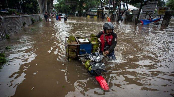 1.376 Gardu Terendam Akibat Banjir di Jakarta dan Jawa Barat, PLN Turunkan 6.170 Personel