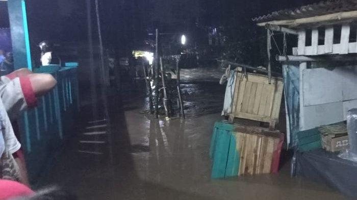 Beberapa Rumah Warga di Kecamatan Cicurug Sukabumi Terendam Banjir, Akibat Hujan Deras