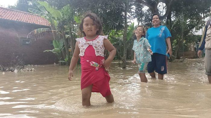 Sungai Cimanuk Meluap Lagi, Pemukiman Warga di Indramayu pun Kembali Diterjang Banjir