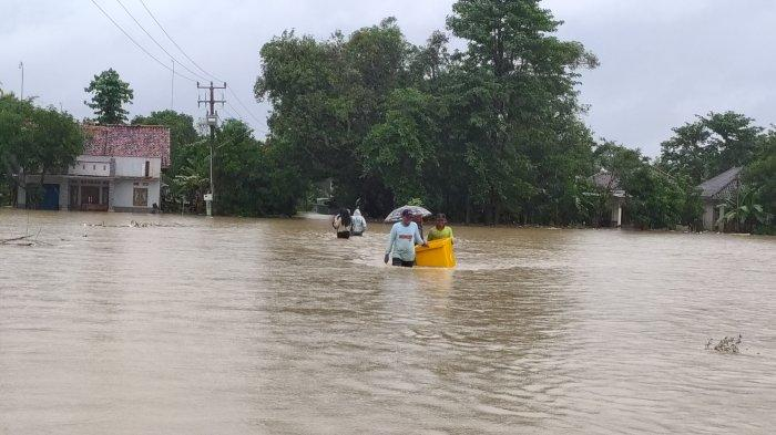 Situasi banjir di Blok Muara, Desa Wanasalam, Kecamatan Ligung, Kabupaten Majalengka