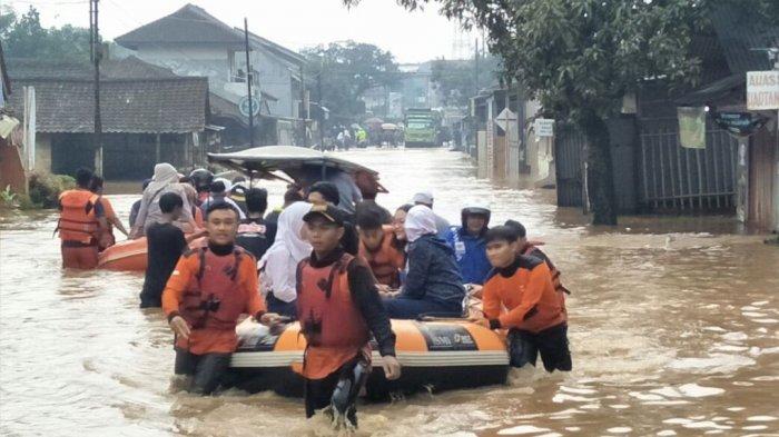 Ridwan Kamil: Sungai Cisangkuy Disodet, Kamasan Bandung Tidak Banjir Lagi, ''Jangan Takabur''