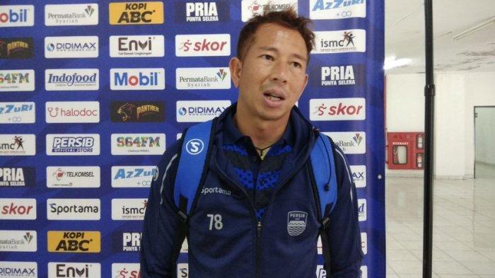 I Made Wirawan tetap berstatus pemain tertua di Persib Bandung.