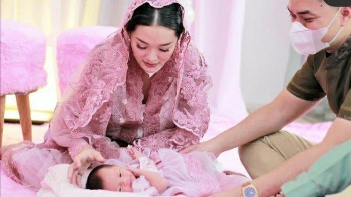 Bayi Zaskia Gotik dan Sirajuddin Makin Cantik, Ini Potret Terbaru Baby Arsila yang Menggemaskan