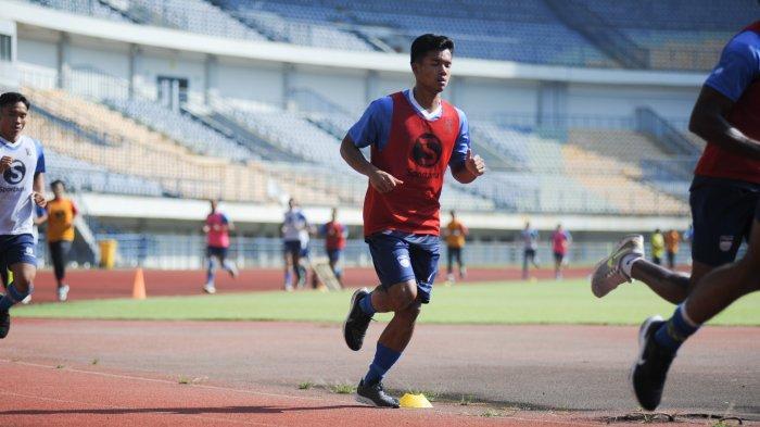 Senang Bisa Bergabung di Tim Persib Bandung, Bayu Mohamad Fiqri; Main Gak Main iIu Keputusan Pelatih