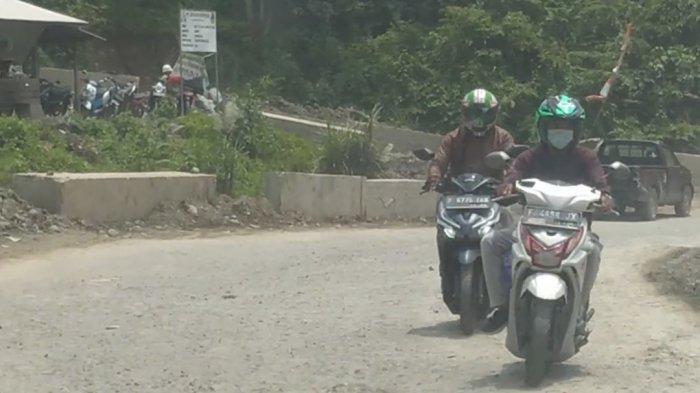 Belasan Kilometer Jalur Alternatif Jonggol Cianjur-Bogor Rusak Parah, Gak Asyik Buat Mudik