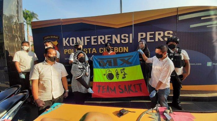Tujuh Anggota Geng Motor Aniaya Korban di Arjawinangun Cirebon, Sebelumnya Konvoi Bawa Sajam