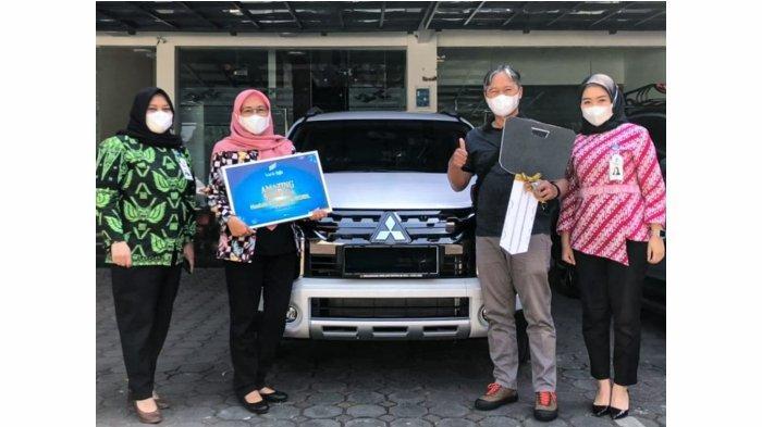 Bertabur Hadiah, bjb Amazing Sureprize Berikan Mobil Bagi Nasabah