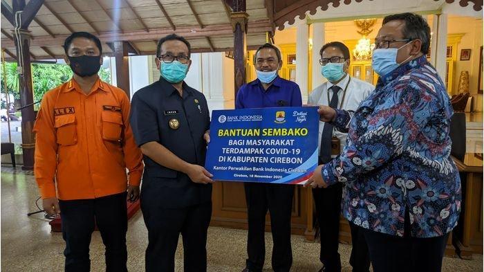BI Salurkan 750 Paket Sembako ke Pemkab Cirebon, Dibagikan untuk Warga Terdampak Pandemi Covid-19