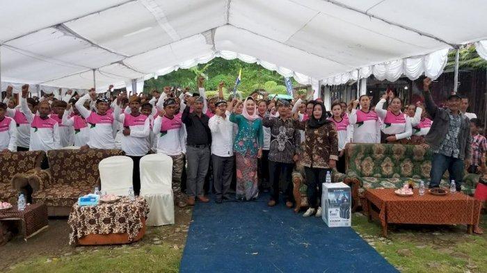 BKKBN Jabar dan Anggota Komisi IX DPR Sosialisasi KB di Kampung Ciptarasa Sukabumi