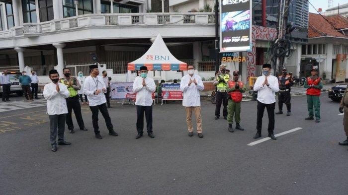 BNI Berbagi Berkah Ramadan untuk Indonesia #BERANI, Bagikan Paket Pangan dan Takjil