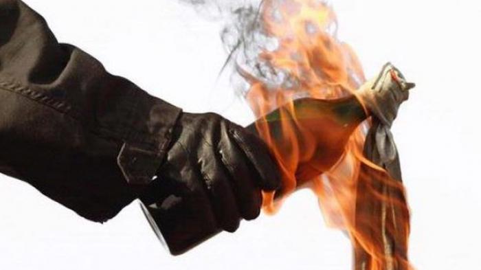 Pos Polisi Cicadas Dilempar Bom Molotov Orang Tak Dikenal
