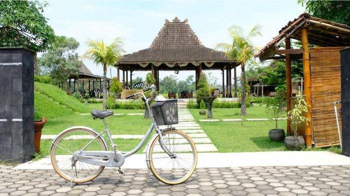 Bosen gowes sepeda di aspal perkotaan? Berikut rekomendasi tiket.com untuk auto-nanjak di Borobudur.