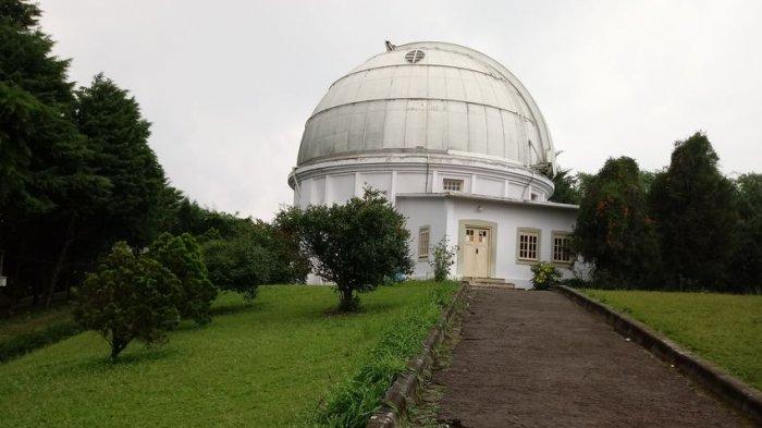 Langit Mendung, Observatorium Bosscha Gagal Pantau Komet Neowise yang Muncul 6.800 Tahun Sekali