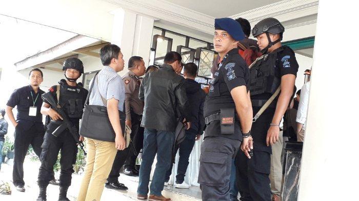 Lebih dari 100 Personil Keamanan Amankan Rapat Pleno Rekapitulasi Suara Pemilu 2019 di Bandung