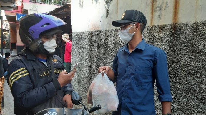 Peminat Bubur Ayam Gratis Alan Jaya untuk Pasien Isoman Makin Banyak, Gubernur Kirim 100 Kg Beras