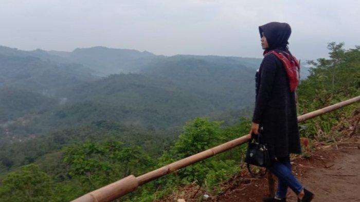 Tempat Wisata Baru di Pangandaran, Bukit Panenjoan, Suguhkan Pemandangan Indah & Kabut di Pagi Hari