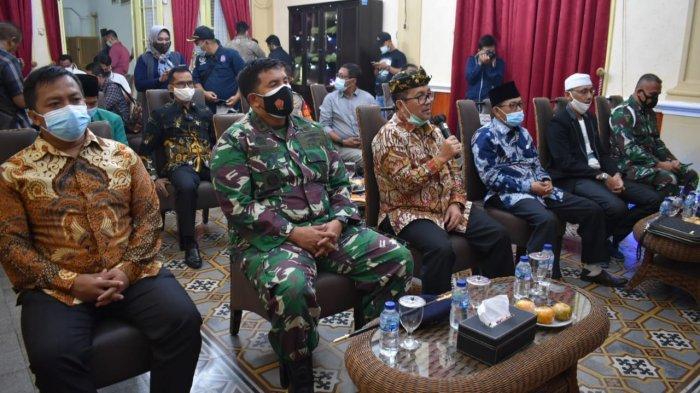 Bupati Cirebon Pastikan Perayaan Natal di Kabupaten Cirebon Aman dan Lancar