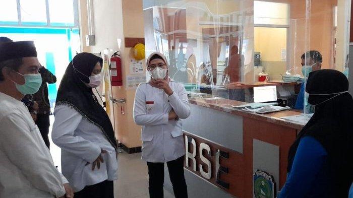 Bupati  Indramayu Naik Pitam, Temukan Pembelian Obat Kedaluwarsa Senilai Rp 1,2 M Saat Sidak RSUD