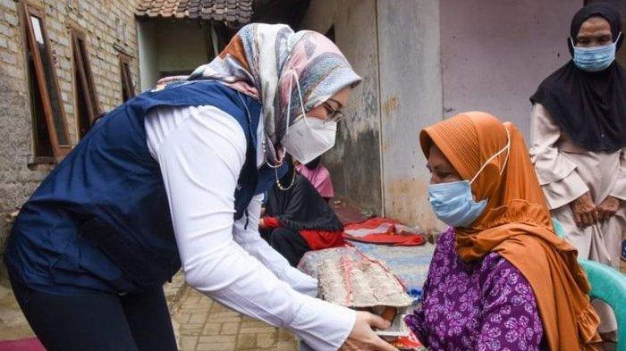 Bupati Anne Ratna Akui Perlu Pintu Lain untuk Ringankan Beban Masyarakat Terdampak Pandemi Covid-19