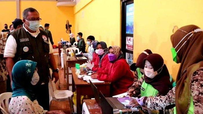 Ribuan Lansia di Sukabumi Divaksin Covid-19, Ini Harapan Bupati Marwan Hamami