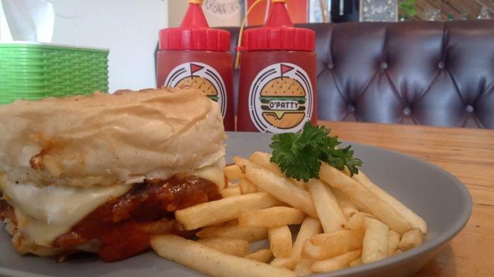 O Patty, Inovasi Burger Kekinian di Bandung, Burger Dibakar Sebelum Disajikan ke Konsumen
