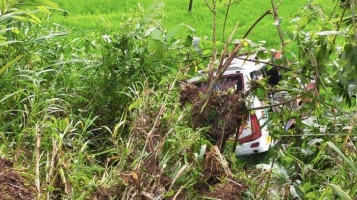 AJAIB, 4 Anak Tak Terluka Saat Bus yang Ditumpangi Masuk Jurang 15 Meter, Dua Tewas, Ini Nama Korban