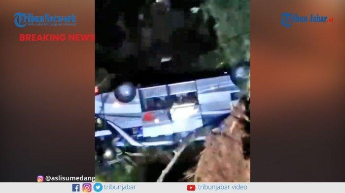 KECELAKAAN MAUT di Sumedang, Setidaknya 19 Orang Tewas setelah Bus Masuk Jurang
