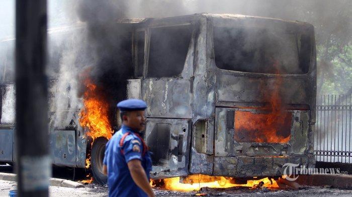 Bus Rombongan Peziarah Terbakar di Ciamis, Pulang dari Makam Sunan Gunung Jati