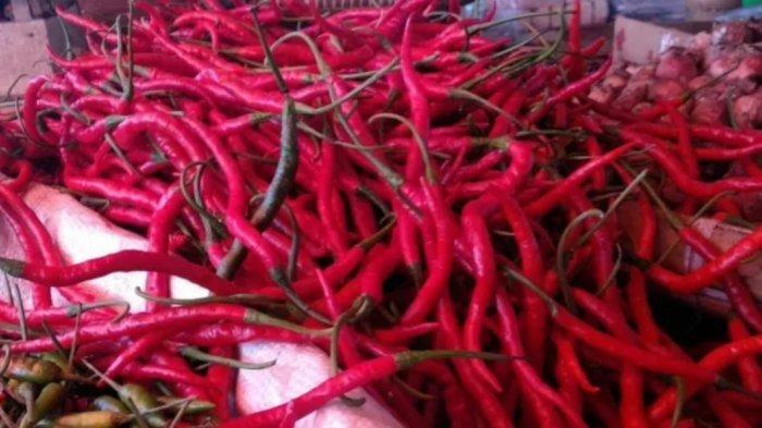 Permintaan Tinggi, Harga Cabai Merah-Bawang Merah di Pasar Palabuhanratu Sukabumi Naik