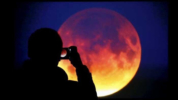 Gerhana Bulan Total pada 28 Juli Nanti Dijuluki 'Micro Blood Moon', Ini Alasannya