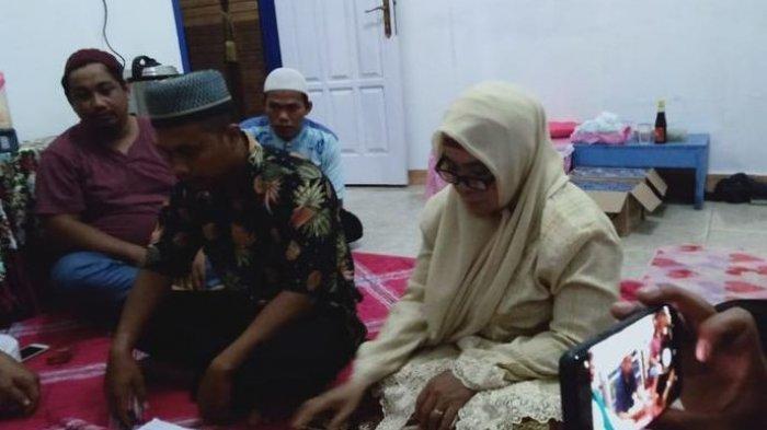 Kisah Cecep Pemuda Garut, Rela Terbang ke Kalimantan demi Nikahi Janda 53 Tahun yang Dikenal di FB