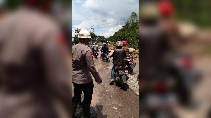 Kondisi Terkini Jalur Garut-Bandung via Cijapati Setelah Tertutup Longsor, Sudah Bisa Dilalui Tapi