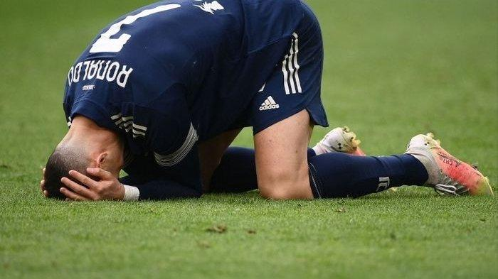Mantan Striker Juventus Ini Pertanyakan Sikap Cristiano Ronaldo yang Lempar Kostum
