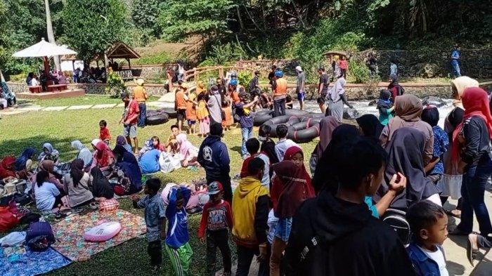 Curug Bangkong di Nusaherang Kuningan Kembali Dibuka, Langsung Dipadati Pengunjung