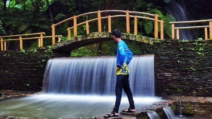 Libur Panjang Telah Tiba, Ini 6 Rekomendasi Tempat Wisata di Majalengka yang Wajib Anda Dikunjungi - curug-cipeuteuy_.jpg
