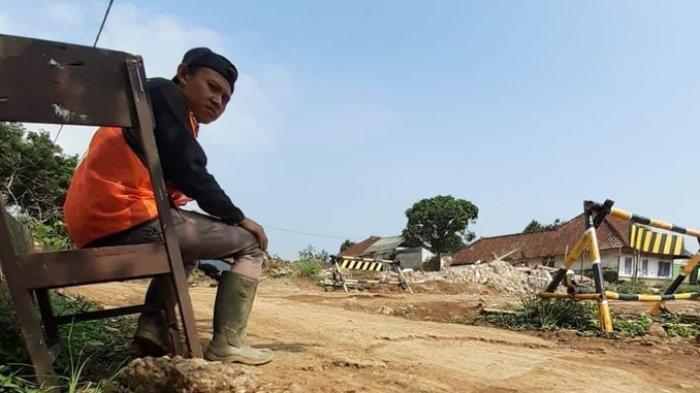 Sawah dan Kolam Mengering, Derita Warga Cidempet Sumedang Terdampak Proyek Tol Cisumdawu