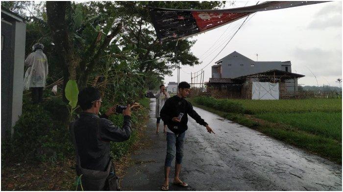 Setelah Puting Beliung di Tasikmalaya, Pohon Tumbang Timpa Seorang Warga