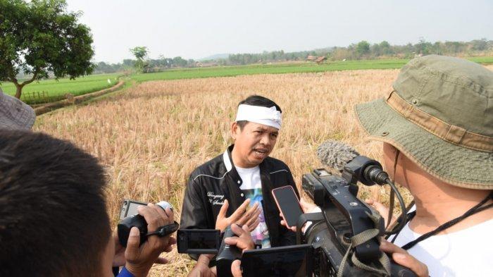 Dedi Mulyadi Minta Pemerintah Ubah Aturan Pakaian PNS, Petugas Lapangan Cocok Pakai Celana Cingkrang