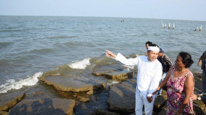 Dedi Mulyadi Minta Ahok Segera Selesaikan Limbah Minyak di Pantai Karawang
