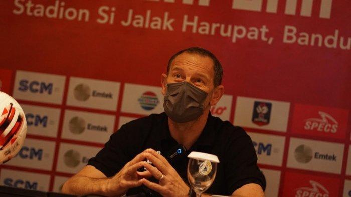 Dejan Antonic, Pelatih PSS Sleman
